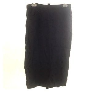 Black vintage pencil skirt with pockets!